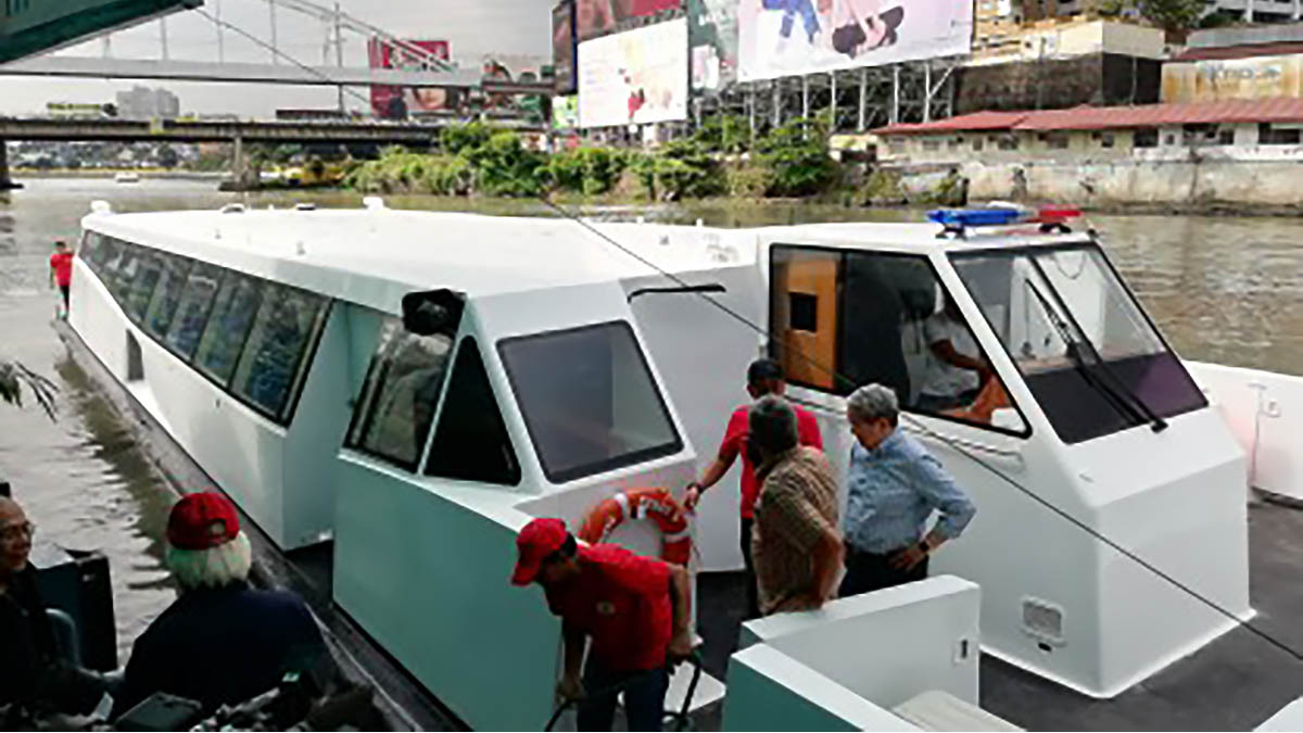MMDA gets new boat for Pasig River Ferry System