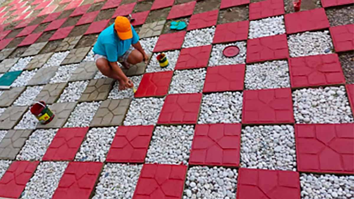 Pagudpud school turns plastic wastes into 'eco-bricks'