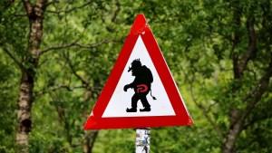 Warning Trolls sign