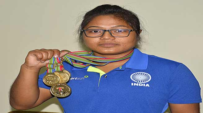 Aranyanee Gogoi of NF Railway Shines in Commonwealth Power Lifting Championship-2017
