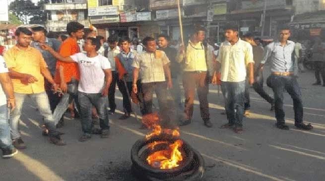 Tripura-10 injured in SFI-ABVP clashes in Maharaja Bir Bikram College