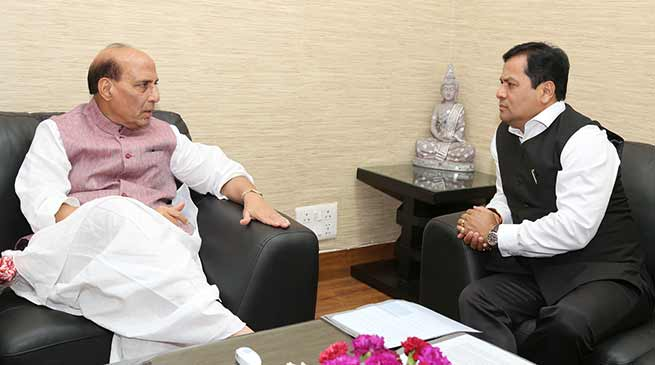 Assam CM Sarbananda Sonowal meets with Rajnath Singh