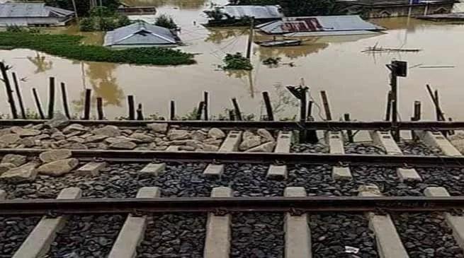 Assam Flood:Fresh Land slides affects train services