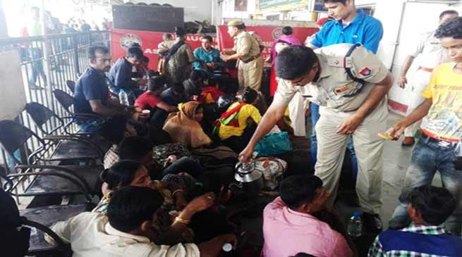 Assam: 31 Bangladeshi held in Guwahati Railway Station