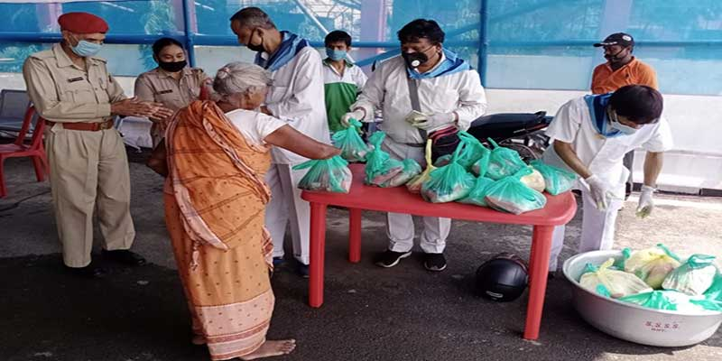 Assam: SSSSO seva dal provides food packets to poor before beginning of lockdown