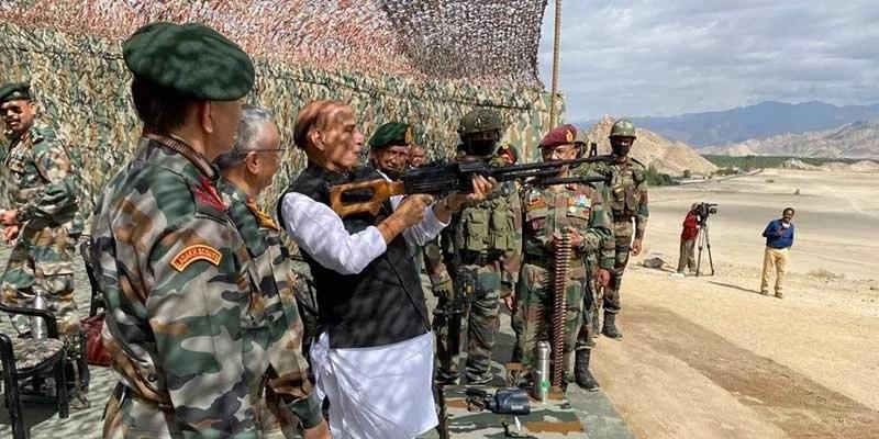India: Raksha Mantri visits Ladakh and Kashmir Valley
