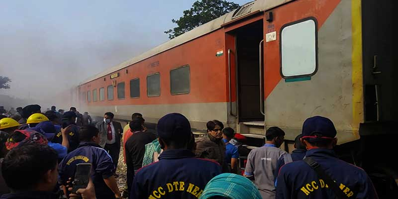 Assam: NCC cadets helps prevent fire in Rajdhani Express