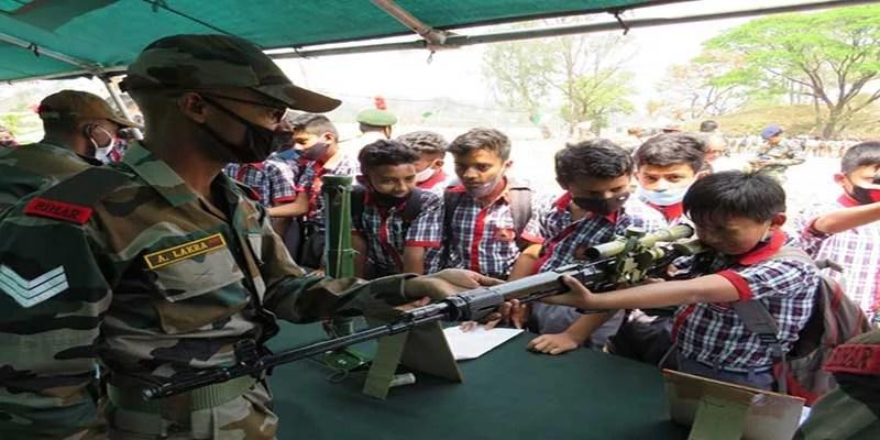 Swarnim Vijay Varsh: Army organized weapon display at Masimpur