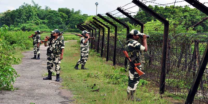 Assam: cattle smuggler killed, BSF personnel injured in a shoot-out along India-Bangladesh border