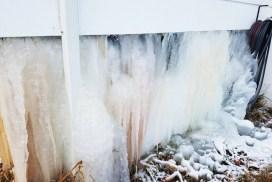 Ice-Home-Burst-Pipe