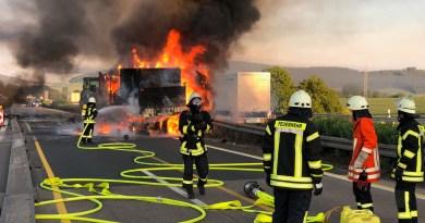 LKW brennt: A7 bei Echte gesperrt – Update
