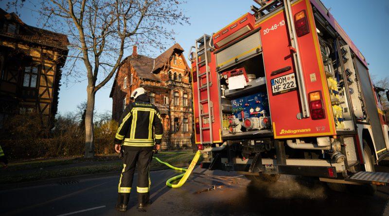 Rauch in der Küche: Feuerwehr-Einsatz an der Rückingsallee