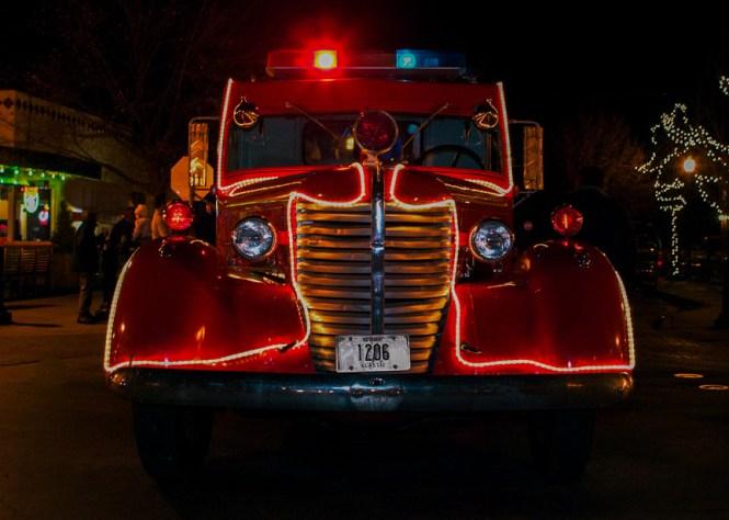 Hyde_Park_Christmas_firetruck