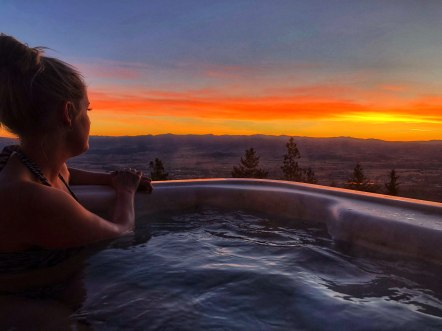 Sunrise and a soak at Downing Mountain Lodge