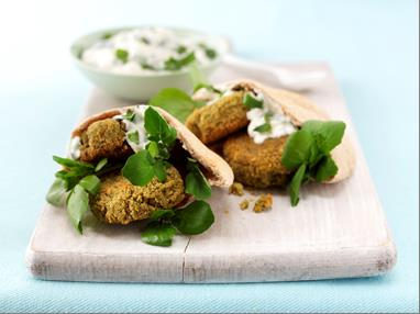 falafel in pitta pockets