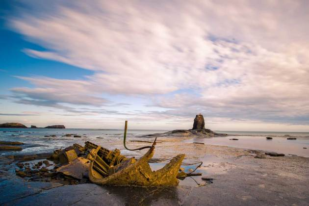 North East coast - Saltwick Bay shipwreck