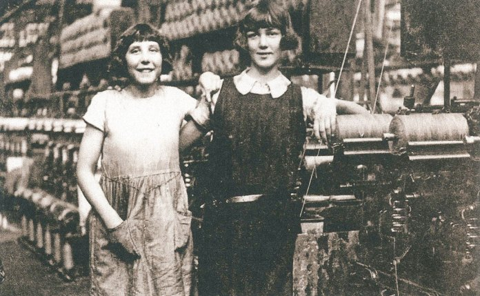 Workers at the mill in 1930