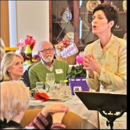 Andrea Anelli's dramatic singing brings the song's stories alive for NOOL's Post Valentine Brunch at the Shaker Country Club 2.16.14
