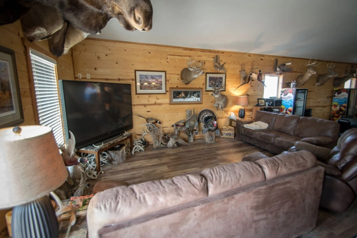 Picture of Hunting Lodge Photos