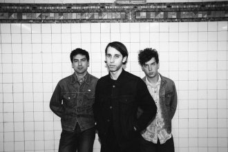 """EZTV release new video for """"Racing Country""""."""