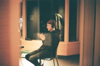 "River Tiber debuts new single ""Deep End"""
