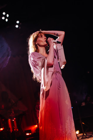 """Florence + the Machine debut Game of Thrones track """"Jenny of Oldstones"""" live, last night at FORM Arcosanti."""