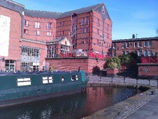 The Castlefield Hotel Canalside View