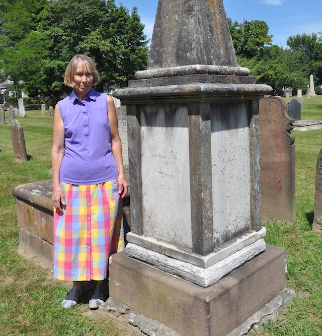 cemetery tour Southold's Old Burying Ground