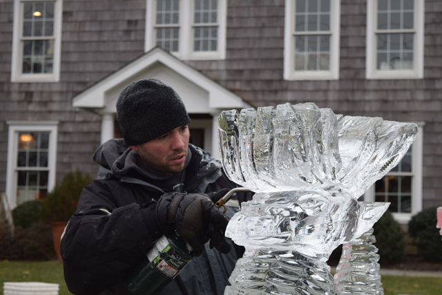 Rich Daly ice sculptor sherwood house