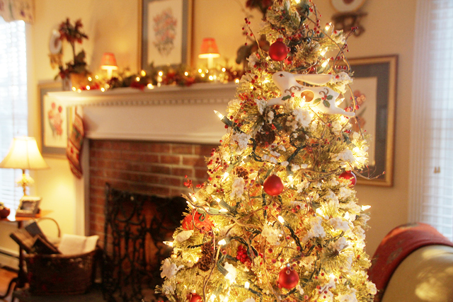 Oysterponds Historical Society Holiday House Tour