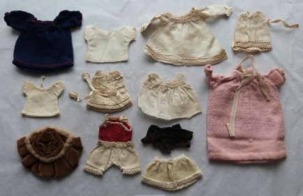 Doll Clothes (very small!)