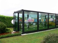 Bringing the outside in - http://designcrave.com/2009-06-22/10-brilliant-boxy-and-sustainable-shipping-container-homes/