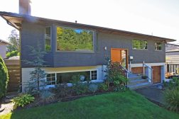 4634valleyrd_fronthouse01