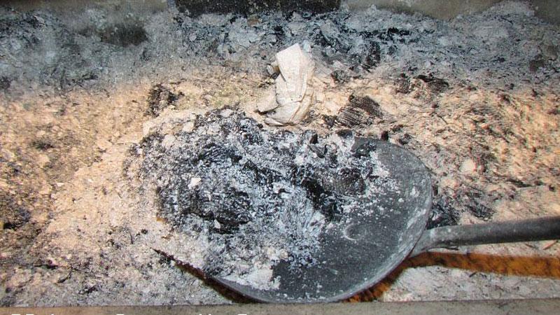 Remove Wood Ash