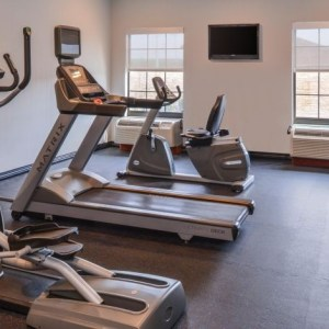 Holiday Inn Express and Suites North Little Rock fitness center