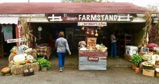 St. Joseph Farm Stand in North Little Rock