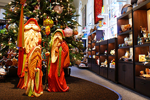 Biltmore_Tree_Crafts-Guild-Open-House in Biltmore Village