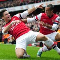 giroud theo goal threat walcott scoring celebrating arsenal