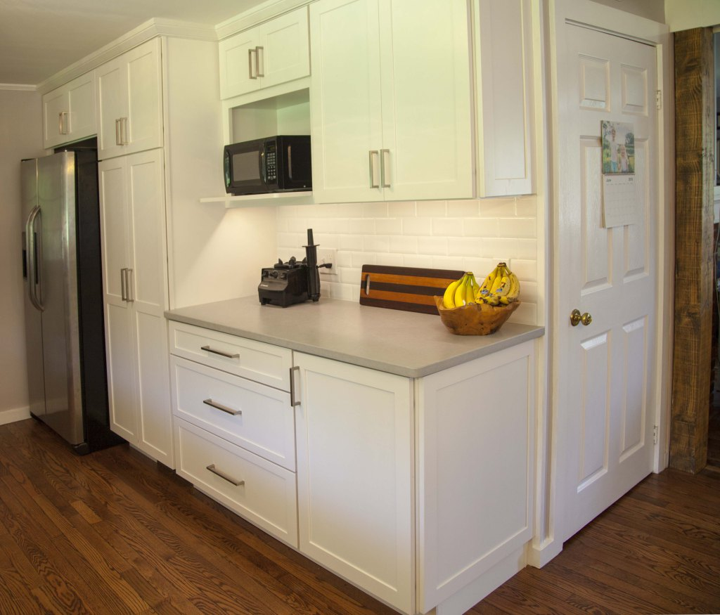 White Shaker Kitchen Home Remodel
