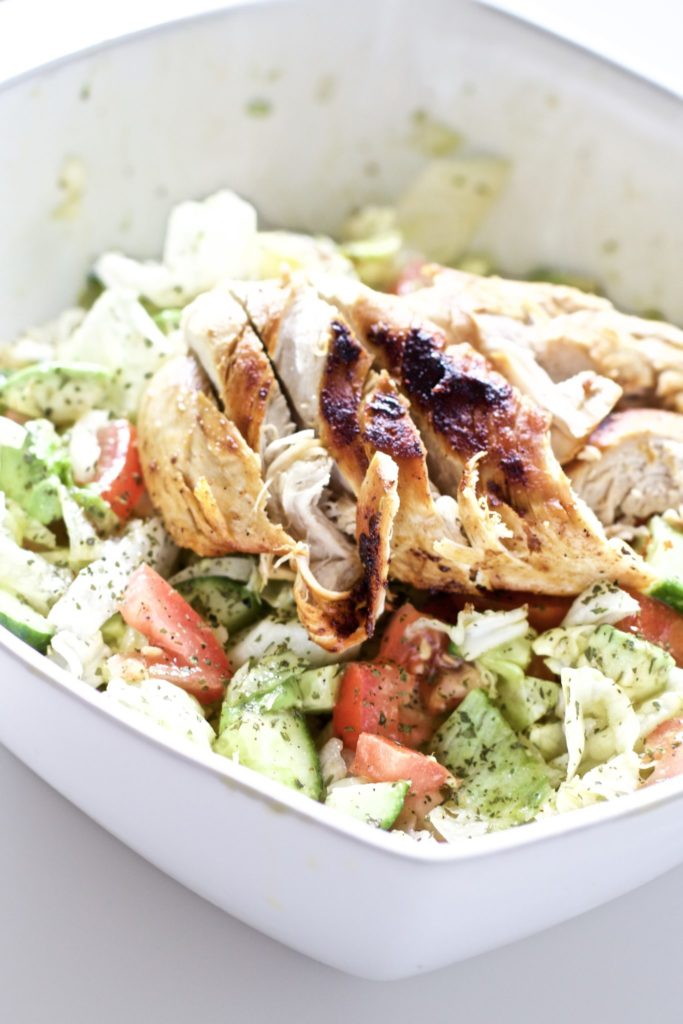 The easiest and healthiest meal you will ever make. In less than 20 minutes, you'll have a delicious and filling salad that aids in weight loss. Protein, super foods, a salad never tasted so good! Easy Recipes | Gluten-Free Recipes | Paleo Recipes | Whole 30 Recipes | Dinner Recipes | Mains | Lunch | Lose Weight | Healthy Recipes | Avocado Salad | Blackened Chicken | Main Course | Summer Recipes | Low Carb | Low Cal | Keto Salad | Keto Dinner | Chicken Recipe | Chicken Seasoning |