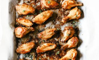 Low carb and full of flavour! An easy dinner to make, simply pair them with your favourite side salad or a dip and enjoy! Dry Rub Chicken Wings   Keto   Ketogenic   Easy Dinner Recipes   Naked Chicken Wing Recipe   Not Breaded   Non Breaded   Gluten-Free   Paleo   Whole 30   Game Night   Crispy   Chicken Seasoning
