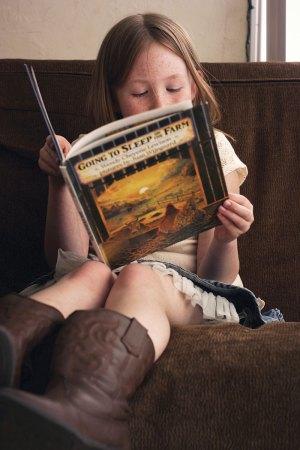art-615-bookworm