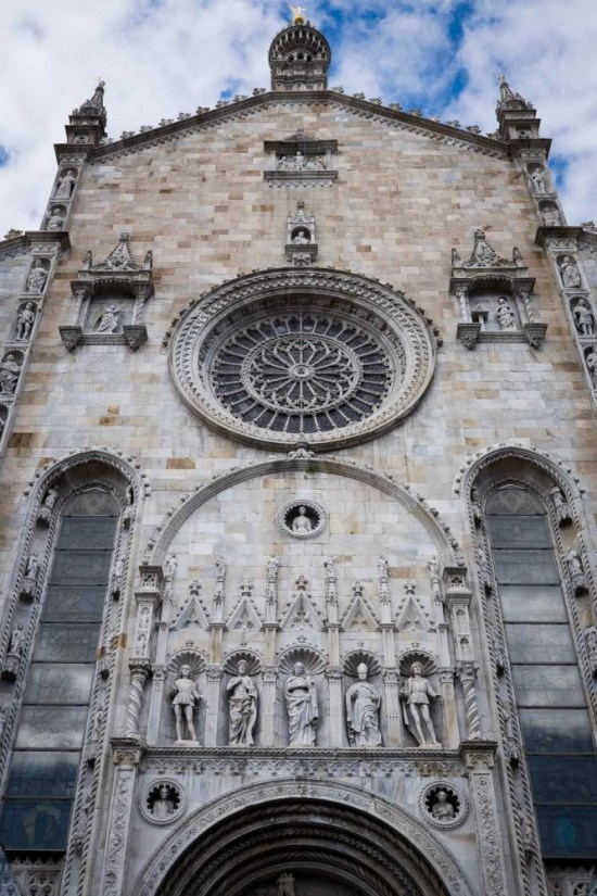 Como Cathedral in Como, Italy on northtosouth.us