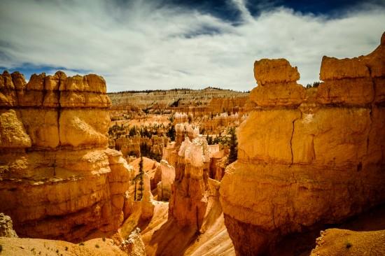 Bryce Canyon hoodoos, Utah, USA on northtosouth.us