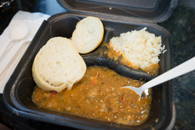 crawfish etoufeé with bread and rice