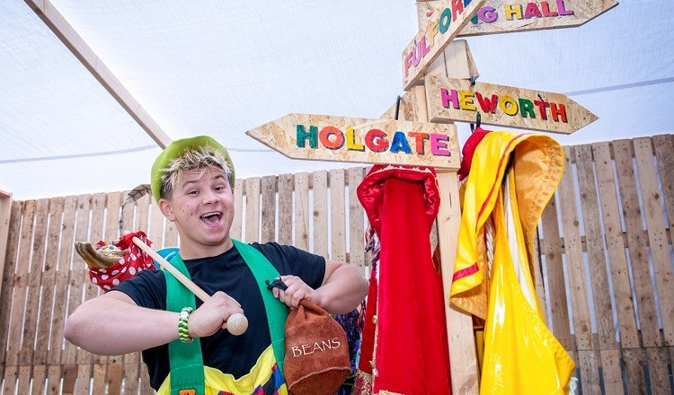 York Theatre Royal pantomime goes uber local