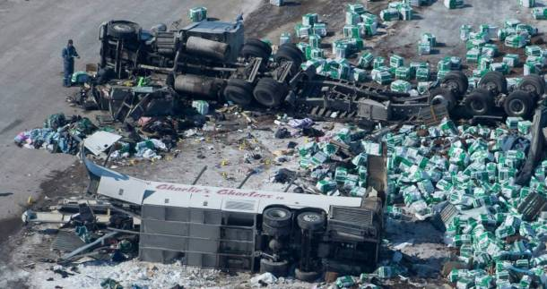 hko-sask-bus-crash-20180407
