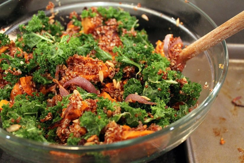 veggie-kale-quinoa-salad