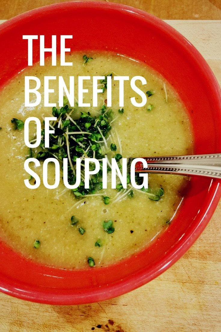 The Benefits of Souping - norulesnourishment.com - how to use souping to give your digestive system a break, cleanse and detoxify and have more energy