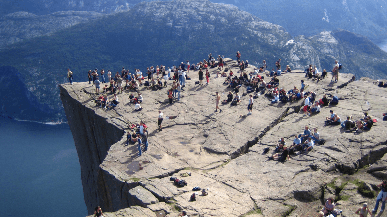 Rich Chinese people leaving a lot of money in Rogaland Pulpit Rock